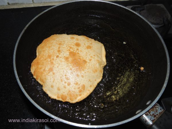 Cook the rest of poori in the same way.