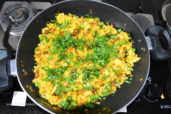 After adding the juice, add green coriander and mix well.