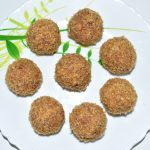 Roasted Coconut Laddu / Roasted Nariyal Ka Laddu