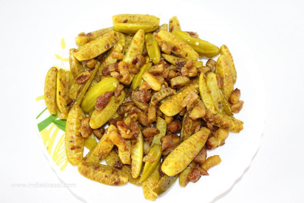 Ivy gourd Potato Dry Recipe / Kundru Aloo Sookhi Sabji