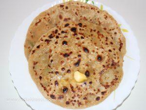 Aloo Paratha / Stuffed Potato Flatbread