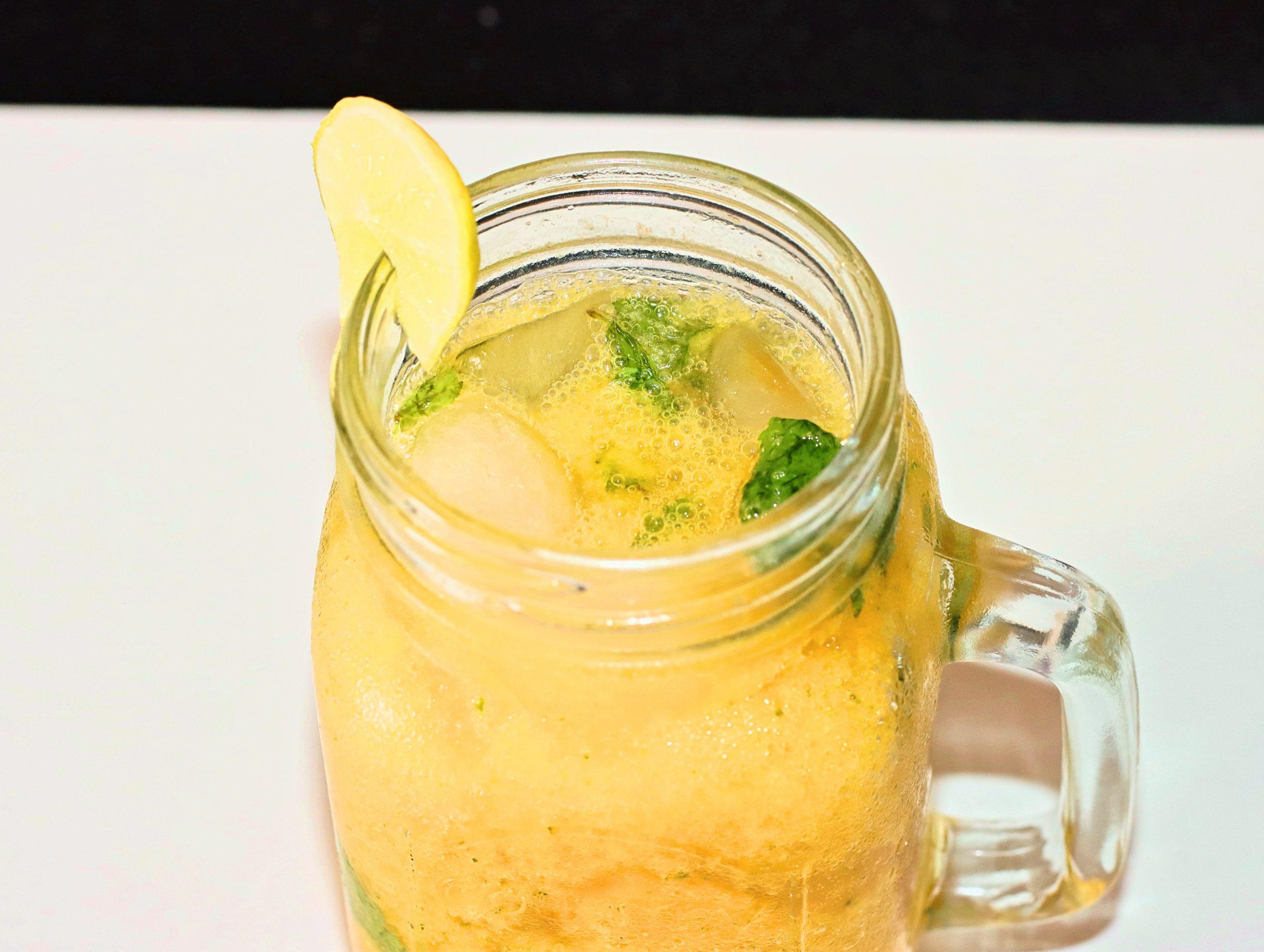 Lemon Soda With Mango Ice    Aam Soda Shikanji