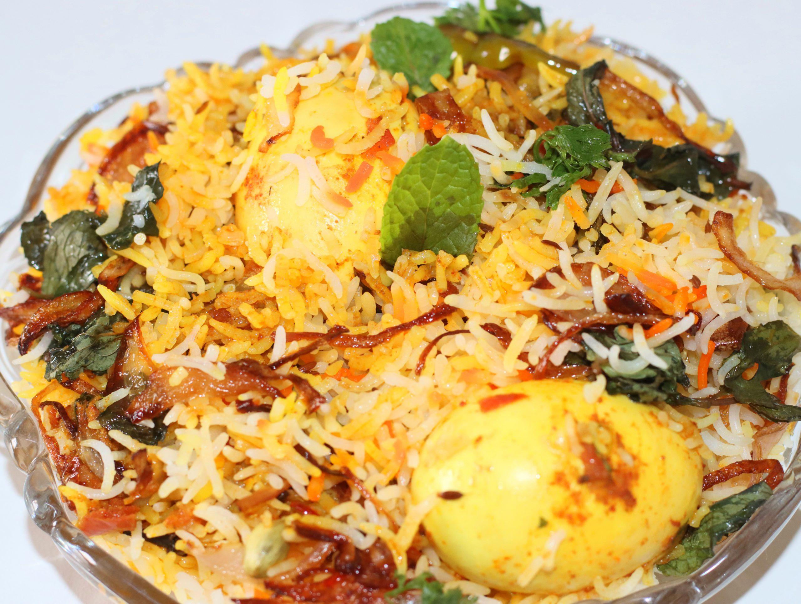 Easy Egg Biryani Bachelors Recipe